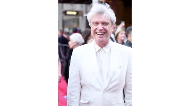 stockvideo's en b-roll-footage met david byrne attends the 73rd annual tony awards at radio city music hall on june 09 2019 in new york city - radio city music hall