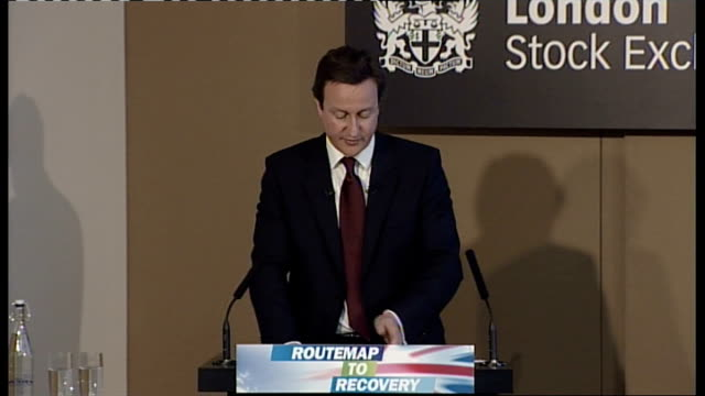david cameron speech at the london stock exchange cameron speech sot bank of england needs to take on this role cameron takes questions sot - börse von london stock-videos und b-roll-filmmaterial