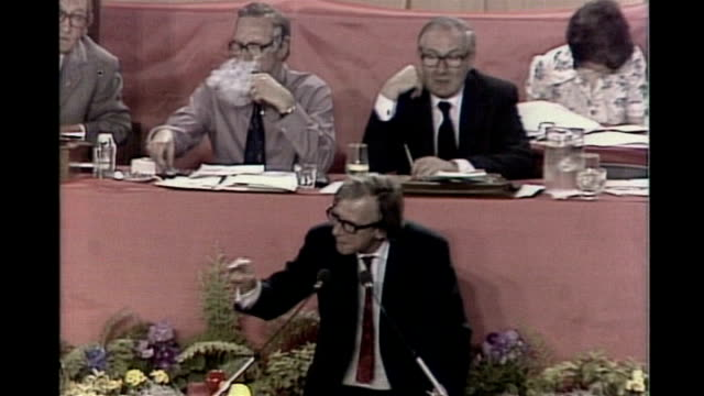 david cameron speech on european union membership referendum pledge kensington ext royal borough of kensington chelsea polling station referendum... - 1975 stock videos & royalty-free footage