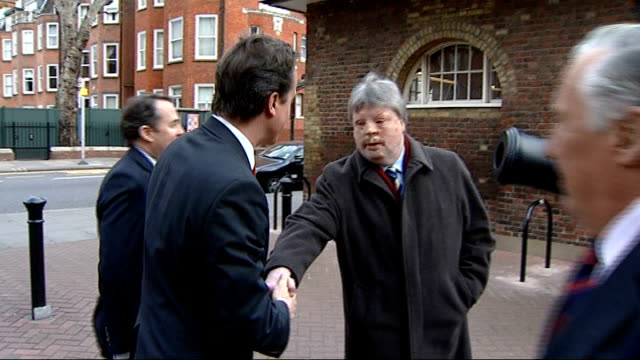 vídeos de stock e filmes b-roll de david cameron tours national army museum ext david cameron mp and liam fox mp arriving and greeted by frederick forsyth and simon weston then all... - frederick forsyth
