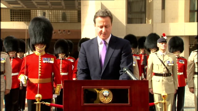 vidéos et rushes de david cameron visit; david cameron mp speech sot - this is a very special year for the people of kuwait as you celebrate half a century of... - infanterie