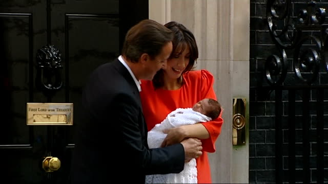 stockvideo's en b-roll-footage met david cameron's father dies lib downing street david cameron photocall on steps of number 10 with wife samantha cameron and new baby florence rose... - number 9