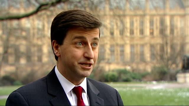 david cameron's speech on europe: douglas alexander reaction; england: london: int douglas alexander mp interview sot - reaction to prime minister... - ダグラス アレキサンダー点の映像素材/bロール