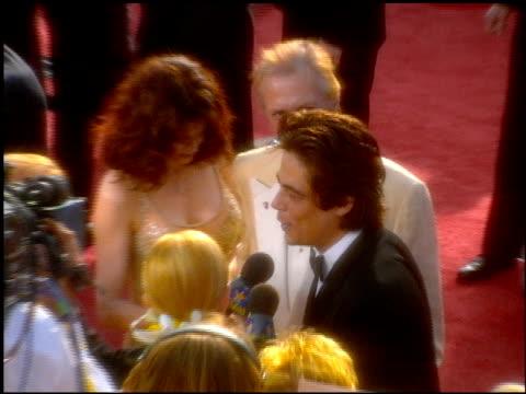 david carradine at the 2001 academy awards at the shrine auditorium in los angeles, california on march 25, 2001. - 第73回アカデミー賞点の映像素材/bロール