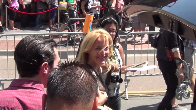 david duchovny and gillian anderson on the street at san diego comiccon at celebrity sightings comiccon international 2013 celebrity sightings... - gillian anderson stock videos & royalty-free footage