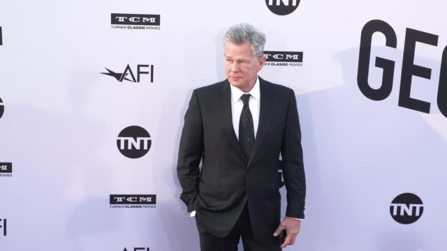 vídeos de stock, filmes e b-roll de david foster at the american film institute honors george clooney with 46th afi life achievement award at dolby theatre on june 07 2018 in hollywood... - american film institute
