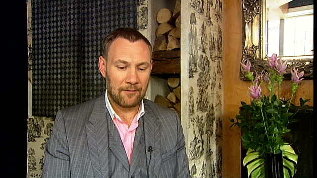David Gray interview SOT On his studios in Crouch End / working with Annie Lennox