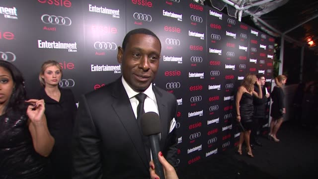 interview david harewood on the show at entertainment weekly hosts celebration honoring the screen actors guild awards¨ nominees on 1/26/13 in los... - entertainment weekly stock-videos und b-roll-filmmaterial