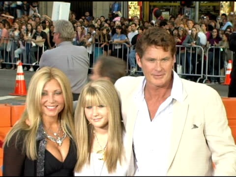 david hasselhoff and family at the fan screening of 'war of the worlds' at grauman's chinese theatre in hollywood, california on june 27, 2005. - david hasselhoff stock videos & royalty-free footage