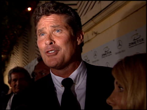 david hasselhoff at the 2001 academy awards - red carpet and spago party at the shrine auditorium in los angeles, california on march 25, 2001. - david hasselhoff stock videos & royalty-free footage