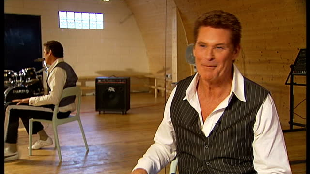 david hasselhoff talks about new show; hasselhoff interview continues sot - david hasselhoff stock videos & royalty-free footage
