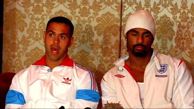 david haye press conference on his back injury david haye and adam booth press conference continues sot more on the nature of his back injury /... - david haye stock videos and b-roll footage