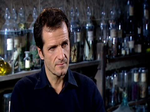 david heyman, producer on how he's not willing to say how the films are going to be split into two and how they must keep it secret but it will... - producer stock videos & royalty-free footage