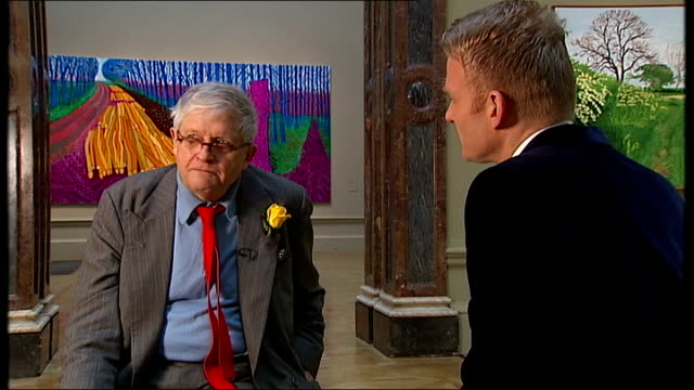 david hockney exhibition opens at the royal academy in london photocall and interview david hockney interview sot [on the help he had creating the... - bridlington stock-videos und b-roll-filmmaterial