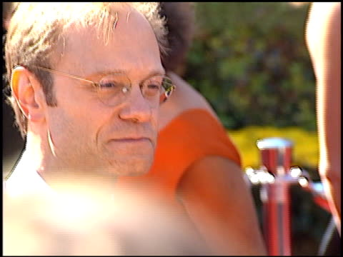 david hyde pierce at the 2000 emmy awards at the shrine auditorium in los angeles, california on september 10, 2000. - shrine auditorium video stock e b–roll