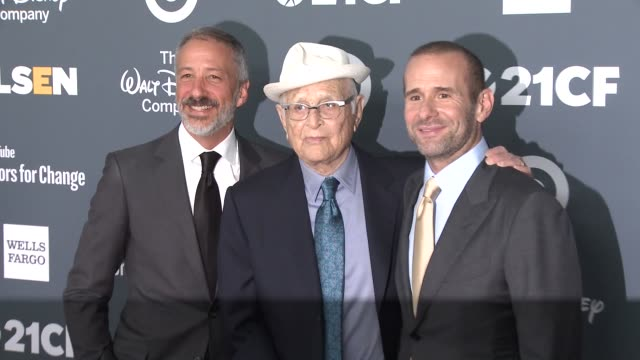 david kohan norman lear max mutchnick at 2018 glsen respect awards – los angeles in los angeles ca - norman lear stock videos and b-roll footage