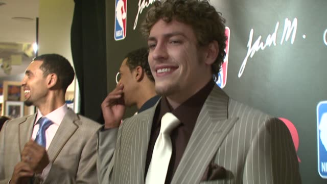 david lee at the nba courtture 2007 fashion show at nba store in new york new york on march 21 2007 - 2007 stock videos & royalty-free footage