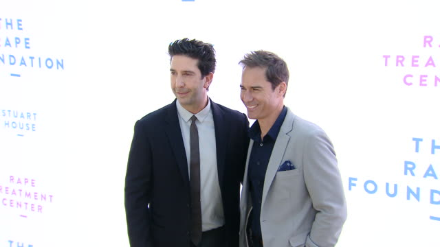david schwimmer, eric mccormack on october 07, 2018 in beverly hills, california. - eric mccormack stock videos & royalty-free footage