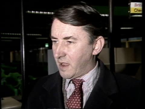 "stockvideo's en b-roll-footage met david steel interview; england: lap: cms david steel intvw sof: ""i think it's by now -- in moscow"" cas ex eng 23secstx:2.1.83/6.00pmarchive... - david steel politiek"