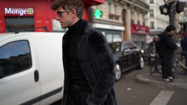 david thielebeule is seen, outside paul smith, during paris fashion week - menswear fall/winter 2020-2021, on january 19, 2020 in paris, france. - menswear stock videos & royalty-free footage
