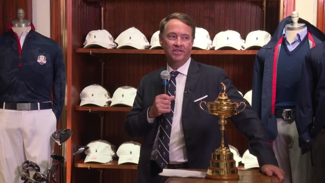 vídeos de stock, filmes e b-roll de speech davis love iii introduces the new ryder cup and talks about the outfits at polo ralph lauren and davis love iii celebrate the 41st annual... - evento da associação de golfistas profissionais