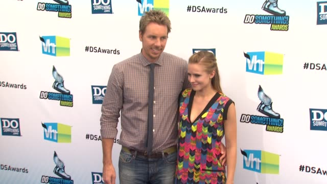 dax shepard kristen bell at 2012 do something awards on 8/19/12 in santa monica ca - kristen bell stock videos and b-roll footage