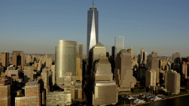stockvideo's en b-roll-footage met day aerial of new york city manhattan usa - financiën en economie
