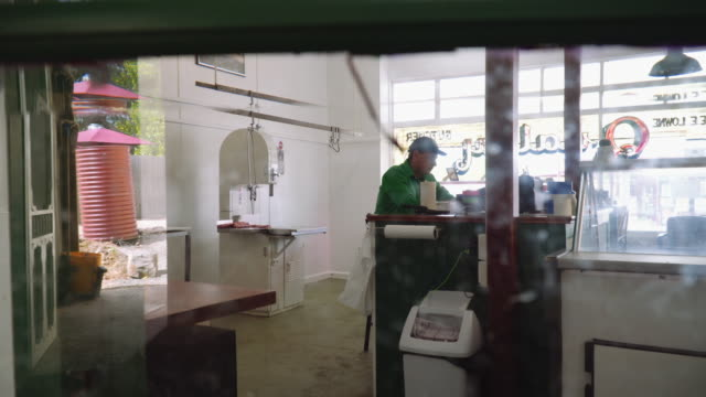 A day in the life of a butcher: taking a break for lunch
