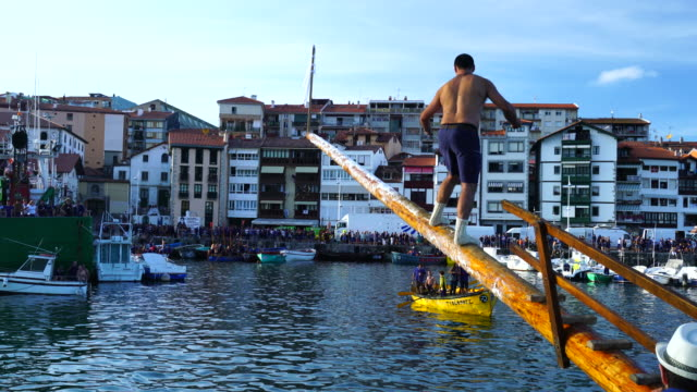 Day of the Geese in Lekeitio