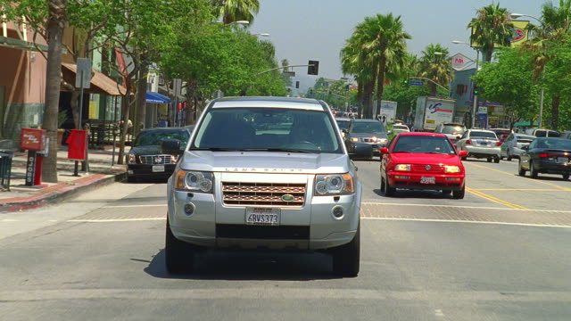 stockvideo's en b-roll-footage met day straight back driving plate on ventura blvd. - boulevard