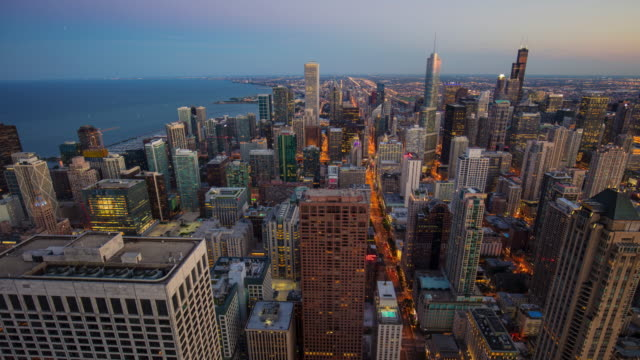 Day to night time lapse in Chicago