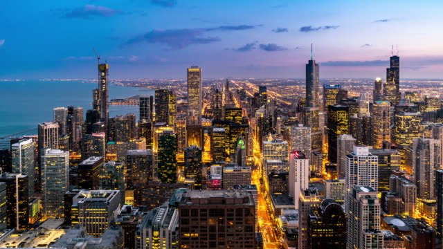 day to night time-lapse: chicago skyline buildings at downtown with chicago river near magnificent mile, il usa - chicago river stock videos & royalty-free footage