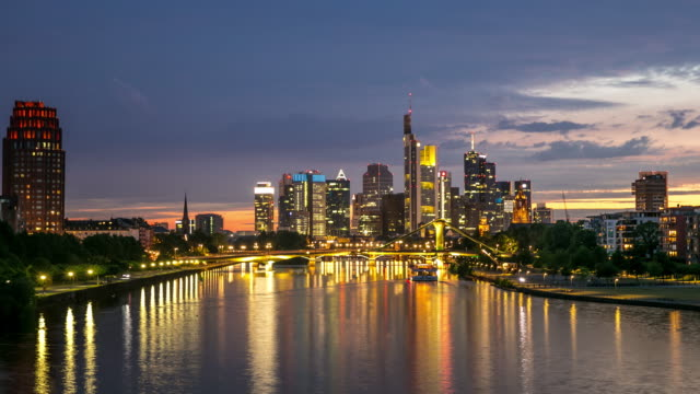 4K Day to Night Time-lapse: Frankfurt Cityscape along the main river