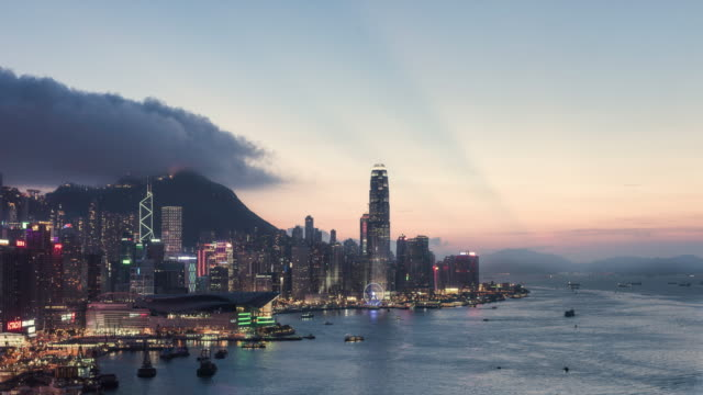 day to night timelapse of Hong Kong skyline