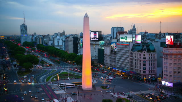 day to night timelapse of obelisk on avenida de julio in buenos aires - avenida 9 de julio stock videos & royalty-free footage