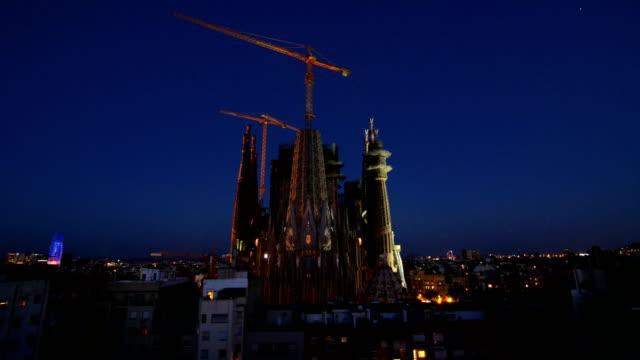 Day to Night Timelapse of the Antonio Gaudi Sagrada Familia church