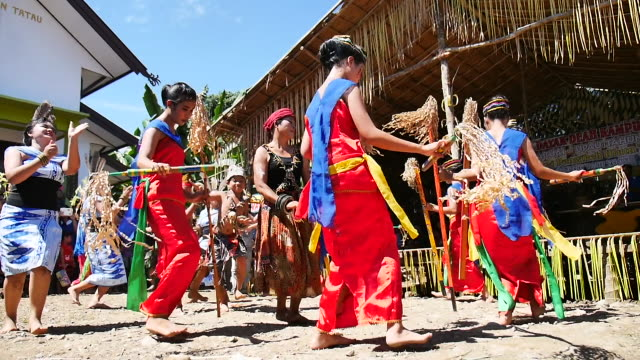 dayak tabalong doing ritual harvesting ceremony dayak tabalong is one of the dayak tribe of clumps ot danum / clump barito kingdom of hamlet groups... - dayak stock videos and b-roll footage