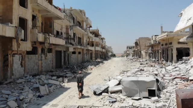 days after damascus announced that it had agreed to a ceasefire in idlib syrians returned home to salvage the remains of their homes in vain as... - ceasefire stock videos & royalty-free footage