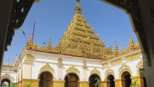 Daytime at Mahamuni Pagoda