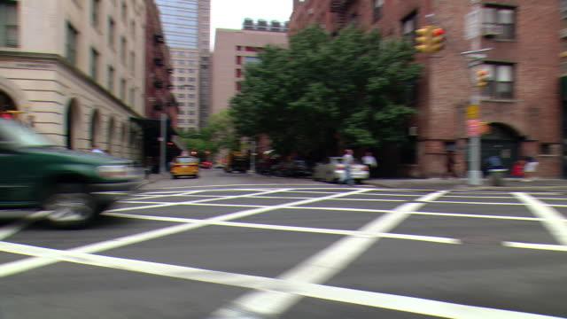 CPOV / TS / SIDE / REAR VIEW / Daytime Driving Manhattan / New York / NY NY