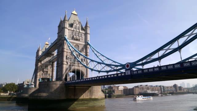 daytime shot of the tower bascule bridge london - bascule bridge stock videos & royalty-free footage