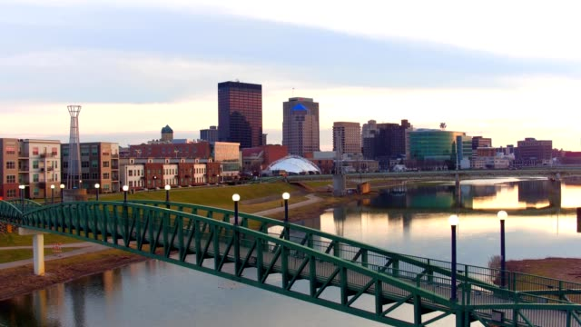 dayton ohio skyline at dusk - ohio stock videos & royalty-free footage
