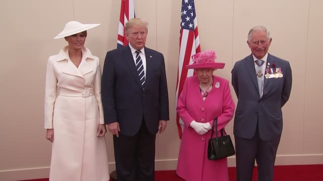 donald trump farewell photocall with queen and prince charles england hampshire portsmouth int queen elizabeth ii photocall with prince charles... - first lady stock-videos und b-roll-filmmaterial