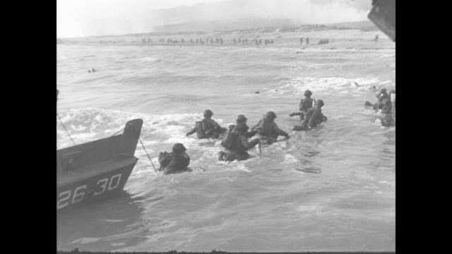 day beach landing of allied soldiers - d day stock videos & royalty-free footage