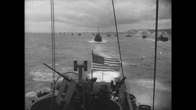 day coast guard officer briefs his men prior to invasion - d day stock-videos und b-roll-filmmaterial