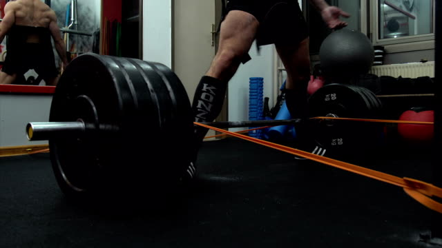 Dead lift training