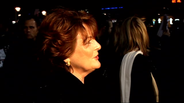 stockvideo's en b-roll-footage met 'dead man running' film premiere red carpet arrivals brenda blethyn speaking to reporter then greeting another blethyn speaking to reporter as greets... - 50 cent rapper