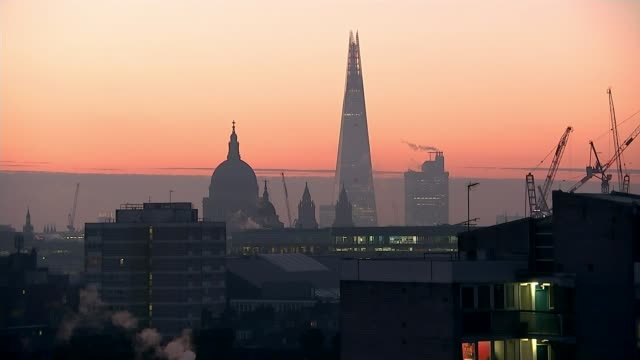 Deadly air pollution seen from space T24011725 / 2412017 London City skyline with silhouette of Saint Paul's Cathedral dome and The Shard seen...