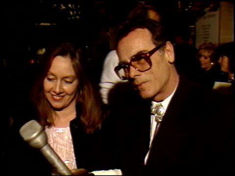dean stockwell at the 1990 golden globe awards at the beverly hilton in beverly hills california on january 20 1990 - ストックウェル点の映像素材/bロール