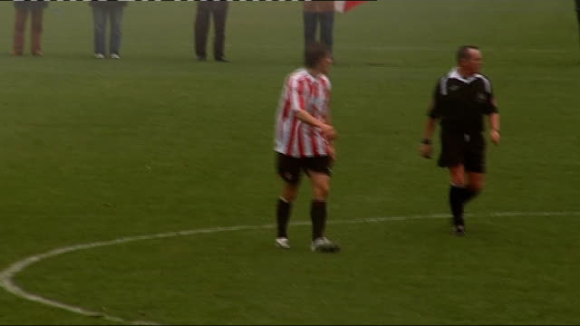 Dean Whitehead playing for Sunderland reserves More of Whitehead matchplay